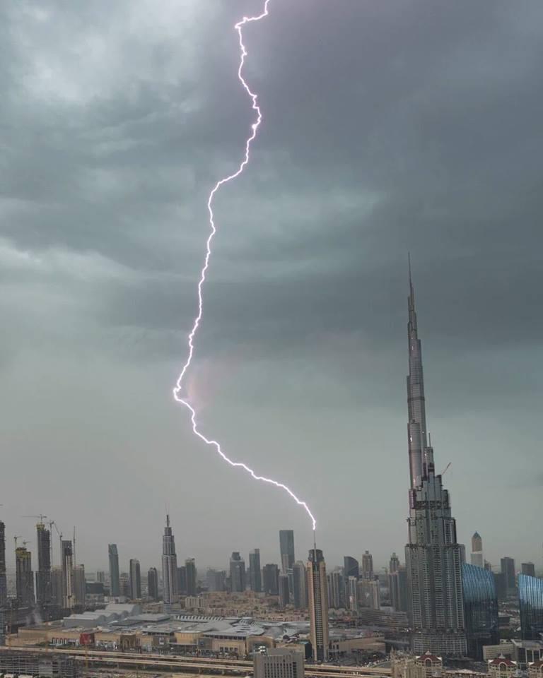 Burj Khalifa Rains 2016